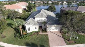 Property for sale at 1290 Beacon Circle, Wellington,  Florida 33414