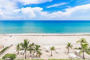 139 Sunrise Avenue, 109-S, Palm Beach, FL 33480