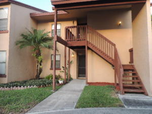 2007 Lakeview Drive W, Royal Palm Beach, FL 33411