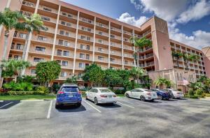 7290 Kinghurst Drive, 808, Delray Beach, FL 33446