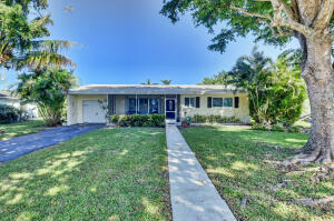 105 NE 16th Street, Delray Beach, FL 33444