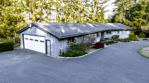 2670 Forest Knoll Lane, Humboldt Hill, CA 95503