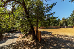 0000 Hillcrest Way, Willow Creek, CA 95573