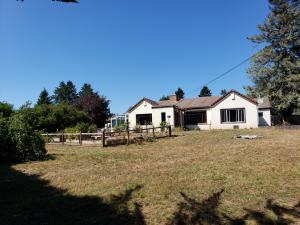 470 Annahy Drive, Fortuna, CA 95540