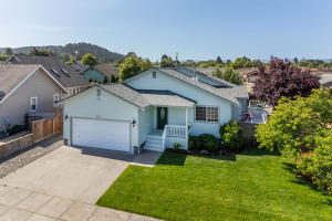 3623 Baxter Lane, Fortuna, CA 95540