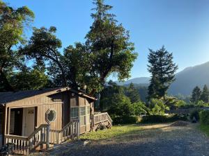 476 Sunset Lane, Willow Creek, CA 95573