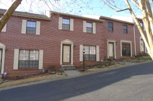 437 S Gallaher View Rd, Apt 19, Knoxville, TN 37919
