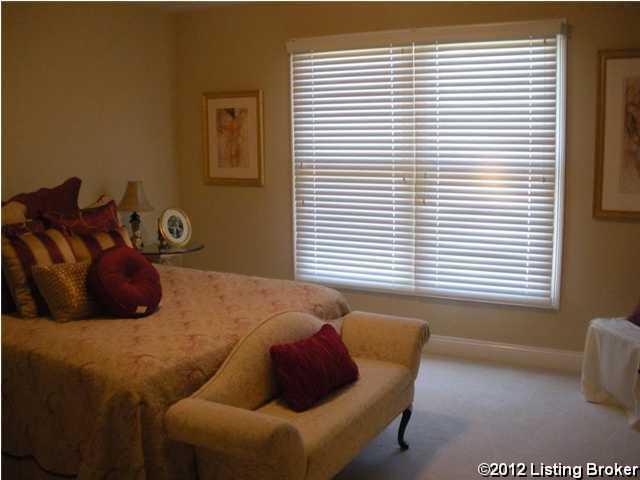 6101 Samuels Ct, Crestwood, Kentucky 40014, 5 Bedrooms Bedrooms, 9 Rooms Rooms,4 BathroomsBathrooms,Residential,For Sale,Samuels,1348611