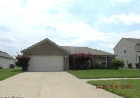 4415 Jennymac Dr, Louisville, Kentucky 40216, 3 Bedrooms Bedrooms, 6 Rooms Rooms,2 BathroomsBathrooms,Residential,For Sale,Jennymac,1391079
