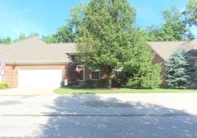 10438 Dove Chase Cir, Louisville, Kentucky 40299, 2 Bedrooms Bedrooms, 7 Rooms Rooms,2 BathroomsBathrooms,Residential,For Sale,Dove Chase,1393743