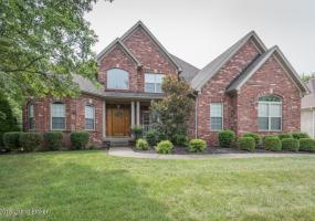 7632 Ashleywood Dr, Louisville, Kentucky 40241, 5 Bedrooms Bedrooms, 9 Rooms Rooms,3 BathroomsBathrooms,Rental,For Rent,Ashleywood,1517708