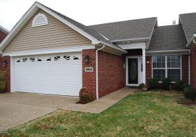 8902 Stony Falls Way, Louisville, Kentucky 40299, 2 Bedrooms Bedrooms, 5 Rooms Rooms,2 BathroomsBathrooms,Rental,For Rent,Stony Falls,1519509