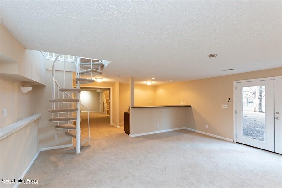 2801 Spring Bud Ct, Louisville, Kentucky 40220, 3 Bedrooms Bedrooms, 9 Rooms Rooms,3 BathroomsBathrooms,Residential,For Sale,Spring Bud,1521386