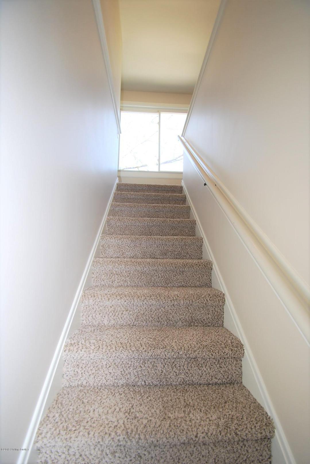 2804 Sharon Way, Louisville, Kentucky 40220, 3 Bedrooms Bedrooms, 6 Rooms Rooms,2 BathroomsBathrooms,Residential,For Sale,Sharon,1527931