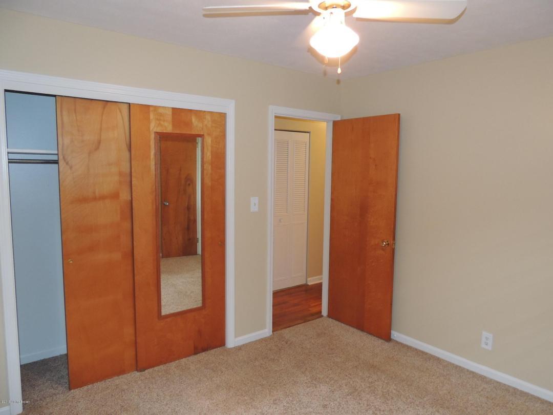 3314 Startan Ct, Louisville, Kentucky 40220, 3 Bedrooms Bedrooms, 5 Rooms Rooms,2 BathroomsBathrooms,Residential,For Sale,Startan,1530843