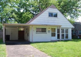 3103 Doreen Way, Louisville, Kentucky 40220, 4 Bedrooms Bedrooms, 7 Rooms Rooms,2 BathroomsBathrooms,Residential,For Sale,Doreen,1532621
