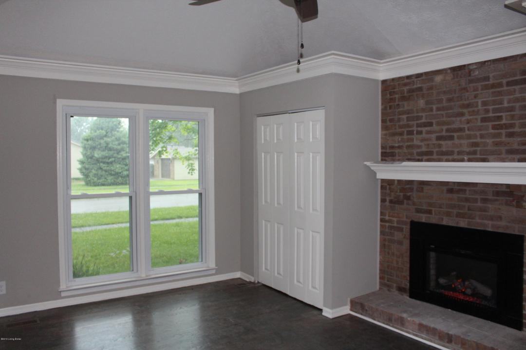 2811 Smoke Rd, Louisville, Kentucky 40220, 4 Bedrooms Bedrooms, 7 Rooms Rooms,2 BathroomsBathrooms,Residential,For Sale,Smoke,1533682