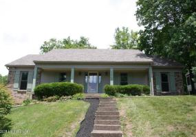 12705 Ledges Dr, Louisville, Kentucky 40243, 3 Bedrooms Bedrooms, 7 Rooms Rooms,3 BathroomsBathrooms,Residential,For Sale,Ledges,1534124