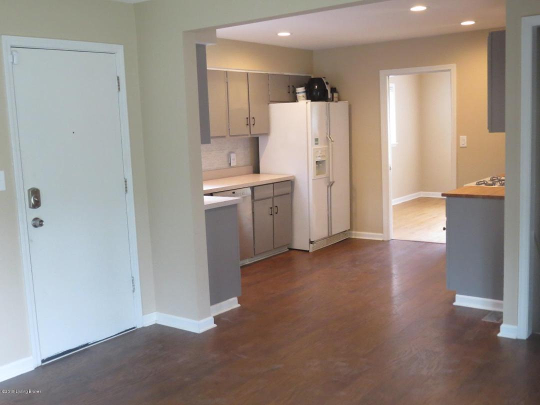 3153 Talisman Rd, Louisville, Kentucky 40220, 3 Bedrooms Bedrooms, 8 Rooms Rooms,1 BathroomBathrooms,Residential,For Sale,Talisman,1534243