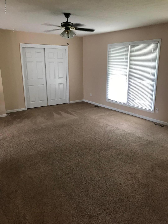 5604 Ree Dr, Louisville, Kentucky 40216, 3 Bedrooms Bedrooms, 5 Rooms Rooms,2 BathroomsBathrooms,Residential,For Sale,Ree,1534884