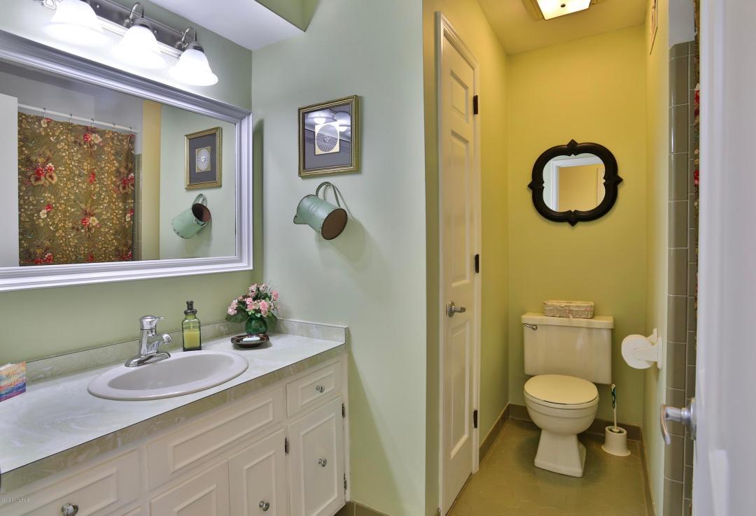 18003 Arlington Meadows Ct, Fisherville, Kentucky 40023, 3 Bedrooms Bedrooms, 8 Rooms Rooms,3 BathroomsBathrooms,Residential,For Sale,Arlington Meadows,1534904