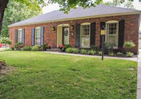 2411 Mahan Dr, Louisville, Kentucky 40299, 3 Bedrooms Bedrooms, 9 Rooms Rooms,2 BathroomsBathrooms,Residential,For Sale,Mahan,1536920