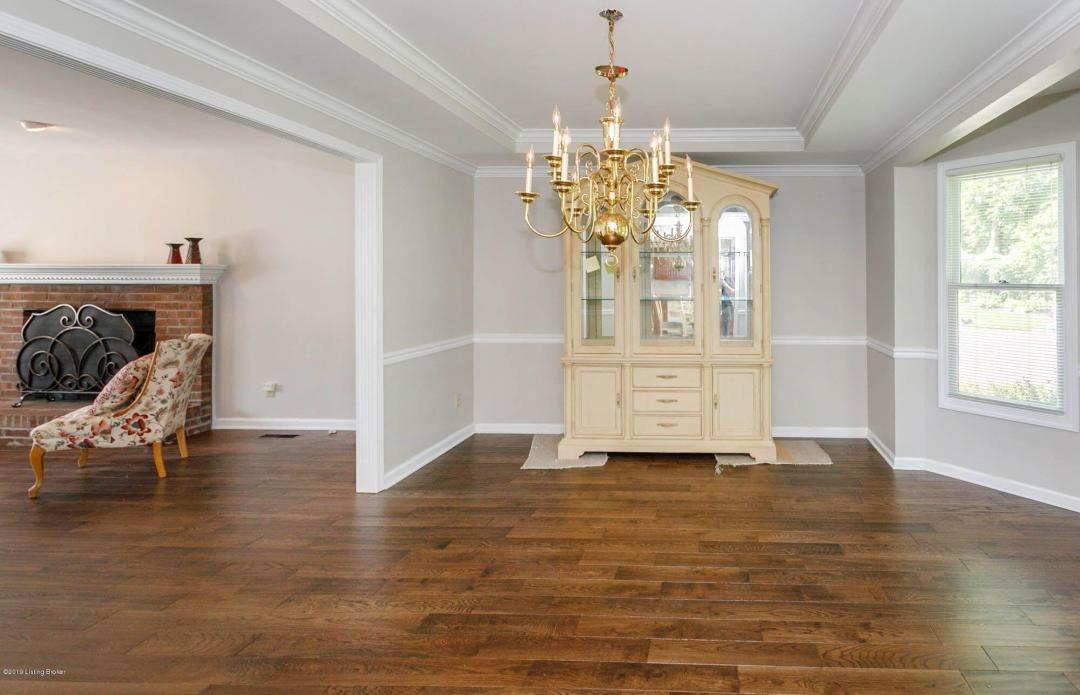 1500 Autumn Ridge Rd, Louisville, Kentucky 40242, 3 Bedrooms Bedrooms, 7 Rooms Rooms,3 BathroomsBathrooms,Residential,For Sale,Autumn Ridge,1537090