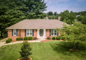 12725 Churchill Pkwy, Goshen, Kentucky 40026, 4 Bedrooms Bedrooms, 10 Rooms Rooms,3 BathroomsBathrooms,Residential,For Sale,Churchill,1537427