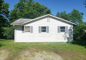 306 1st St, Simpsonville, Kentucky 40067, 3 Bedrooms Bedrooms, 6 Rooms Rooms,2 BathroomsBathrooms,Residential,For Sale,1st,1537651