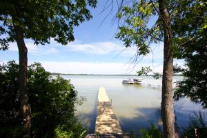 Property for sale at 576 Lac La Belle Dr, Oconomowoc,  WI 53066
