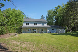 Property for sale at 1704 Bark River Dr, Hartland,  WI 53029