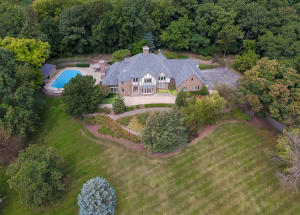 Property for sale at W305N2673 Ravine Ct, Pewaukee,  WI 53072