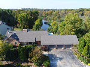Property for sale at 1030 Riverknoll Cir, Oconomowoc,  WI 53066