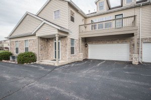 Property for sale at N16W26543 Meadowgrass Cir Unit D, Pewaukee,  WI 53072