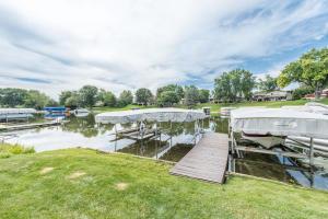 Property for sale at N52W35625 W Lake Dr, Oconomowoc,  WI 53066