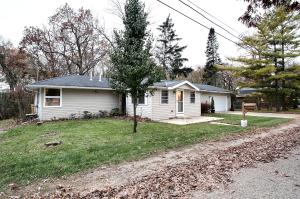 Property for sale at N22W28823 Oak Ln, Pewaukee,  WI 53072