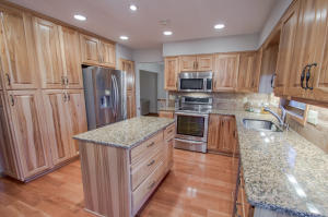 Property for sale at N76W29278 County Road Vv, Hartland,  WI 53029