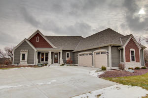 Property for sale at N22W25079 Still River Ct, Pewaukee,  WI 53072