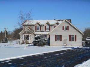Property for sale at W376S2226 Gramling Cir, Dousman,  WI 53118