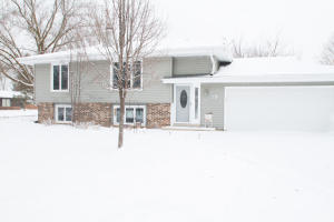 Property for sale at 139 Poplar Ct, Hartland,  WI 53029