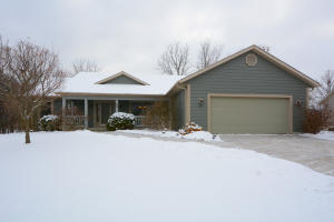 Property for sale at 58 Woodberry Dr, Delafield,  WI 53018