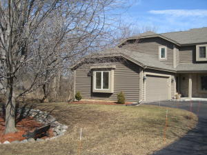 Property for sale at N30W23470 Greenfield Ct Unit: B, Pewaukee,  WI 53072