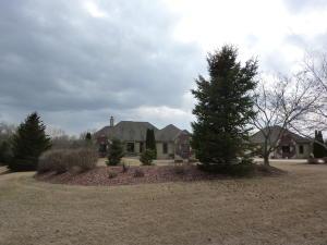 Property for sale at W375S2371 Gramling Cir, Dousman,  WI 53118