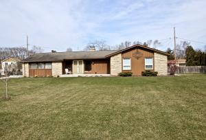 Property for sale at W226N3991 Country Ln, Pewaukee,  WI 53072