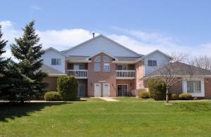 Property for sale at N25W24117 River Park Dr Unit: 7, Pewaukee,  WI 53072