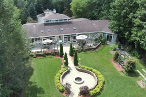 Property for sale at N43W23266 Beaver Ct, Pewaukee,  WI 53072