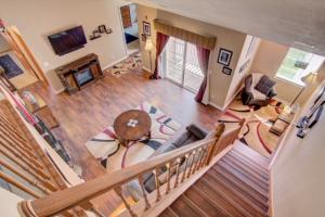 Property for sale at N25W24129 River Park Dr Unit: 7, Pewaukee,  WI 53072
