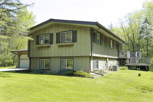 Property for sale at W399S3971 Fox Hill Dr, Dousman,  WI 53118