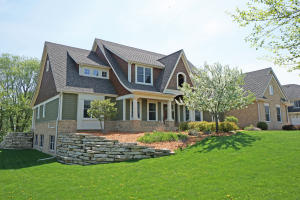Property for sale at 2020 Carriage Hills Dr, Delafield,  WI 53018