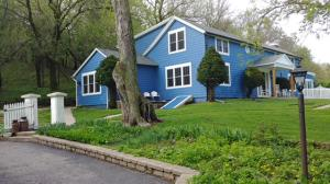 Property for sale at S49 W34134 Moraine Hills Dr, Dousman,  WI 53118